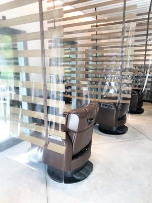 店内 Noisyle北堀江 飛沫感染予防シート メンズ美容室